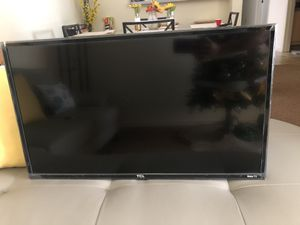 """TCL 32"""" smart tv roku for Sale in Kissimmee, FL"""