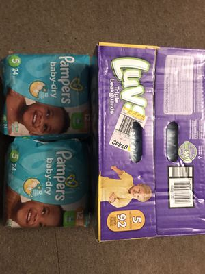 Luvs and Pamper Diapers Size 5 for Sale in Roselle, NJ