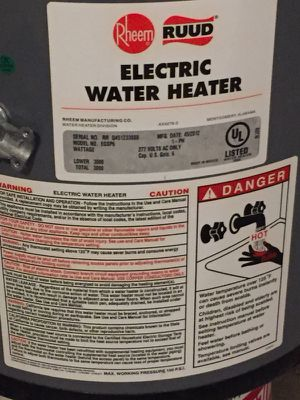 Rheem 6 gallon electric water heater for Sale in Somerville, MA