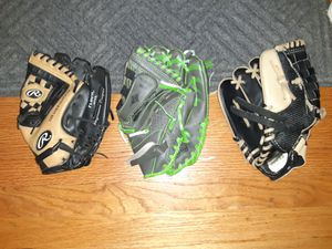 Baseball Gloves for Sale in New Britain, CT