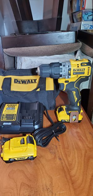 """DeWalt Dewalt 12v. XTREME Hammer Drive Drill with tool Bag, 2 Batteries and Charger """"NEW"""" for Sale in Rosemead, CA"""