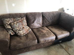 Sectional couch with Ottoman for Sale in Merced, CA
