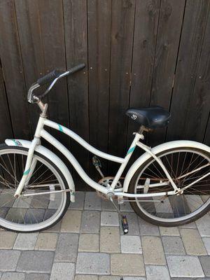 beach cruiser women's bicycle beach bike for Sale in Beverly Hills, CA