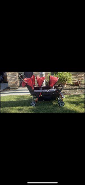 Triple Stroller for Sale in Visalia, CA