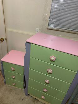 Kids 5 piece bedroom set for Sale in Boulder,  CO