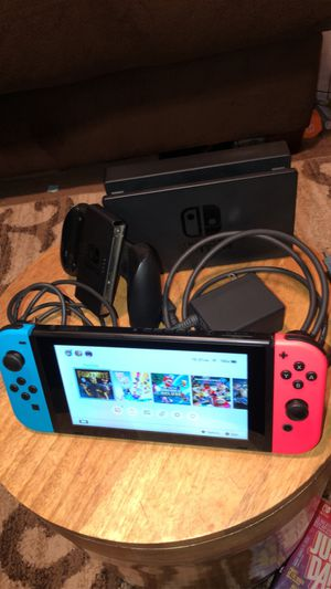NINTENDO SWITCH (Red and Blue) for Sale in San Diego, CA