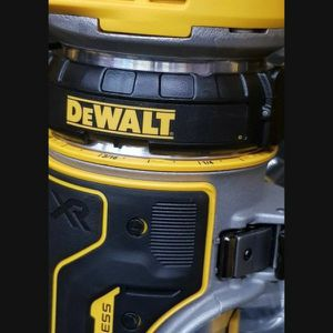 DEWALT 20V MAX XR BRUSHESS VARIABLE SPEED ROUTER TOOL ONLY BRAND NEW for Sale in San Bernardino, CA