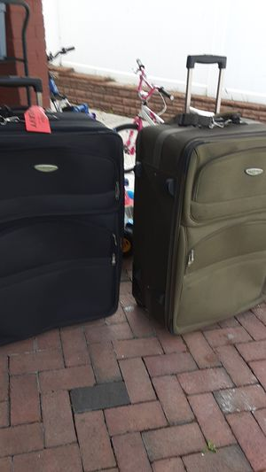 Luggages take both$50 for Sale in Baldwin, NY