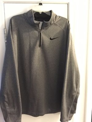 Nike 1/4 zip Thermafit pullover for Sale in Richmond, VA