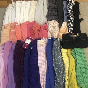 HUGE 34 PIECE NWT/LNWOT LOT OF GIRLS SZ 14 CREWCUTS J CREW KIDS DRESSES CLOTHES for Sale in Newton, MA