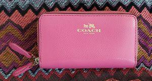 Coach Double Zip Pink Mini Wallet for Sale in Hayward, CA