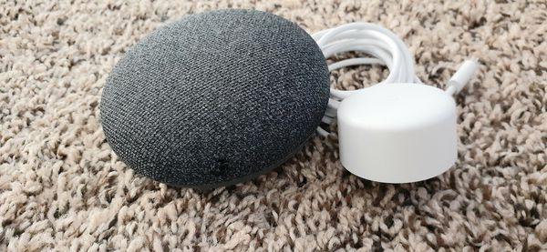 2 Google mini, Chomecast
