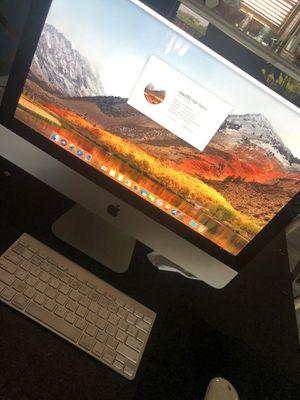 iMac 21.5 inch 2.5 GHZ i5 500 GB 12 GB Ram Mint for Sale in Miami, FL