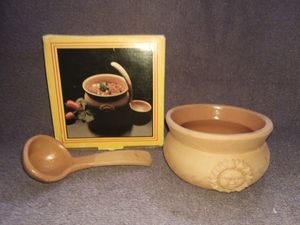 Clay salsa bowl and spoon for Sale in Lawrenceville, GA