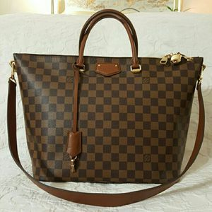 Louis Vuitton Bag for Sale in Stratford, CT