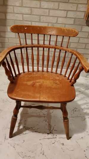 Old Captains Chair for Sale in Washington, IL