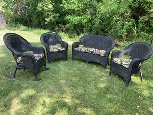Wicker set for Sale in Sioux Falls, SD