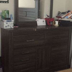 Brown King headboard and box spring for Sale in Columbus, OH