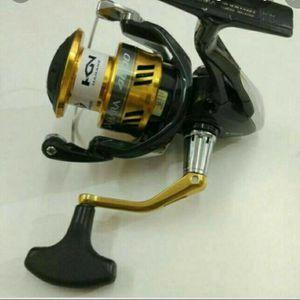 Shimano Sahara C5000 XG FI Compact Spinning Fishing Reel for Sale in Waveland, MS