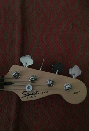 Squier Fender Jazz bass guitar for Sale in Huntingdon Valley, PA