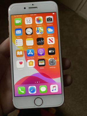 iPhone 8 unlocked $220 must pick up for Sale in Yardley, PA