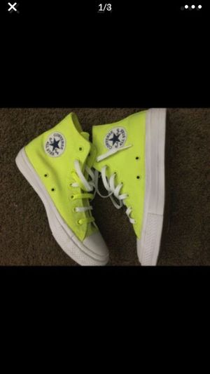 HI TOP CONVERSE-MEN S SIZE 8 BRAND NEW for Sale in Riverside, CA