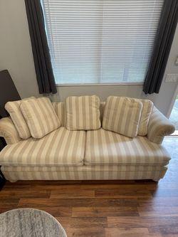 FREE Sofa Bed for Sale in Los Altos Hills,  CA