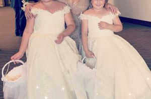 Very nice dresses for communion party or for a flower girl for Sale in Sterling Heights, MI