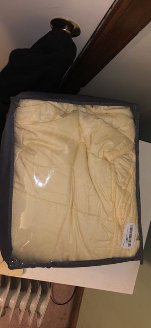 Two weighted blankets for Sale in Sheffield, OH