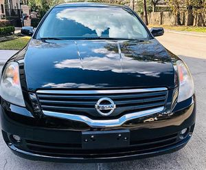 Reduced Price 2OO8 Nissan Altima FWDWheels for Sale in Akron, OH