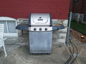 Used Bbq grill for Sale in St. Louis, MO