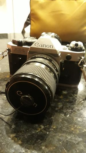 Vintage Canon AE 1 for Sale in Apopka, FL