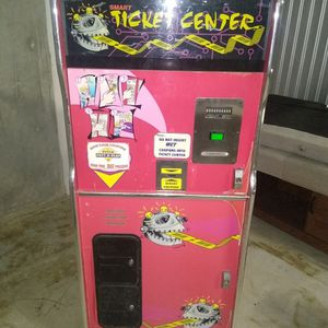 Arcade Ticket Machine for Sale in Baytown, TX