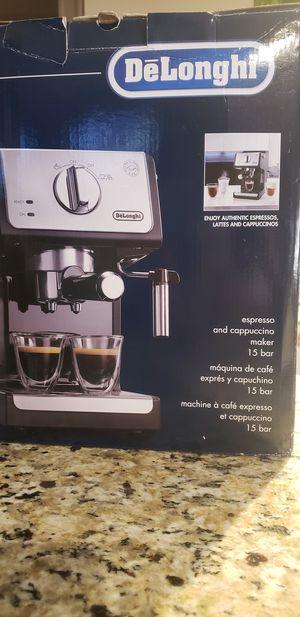 Coffee Maker De'Longhi Espresso/Cappuccino! for Sale in Lake Worth, FL