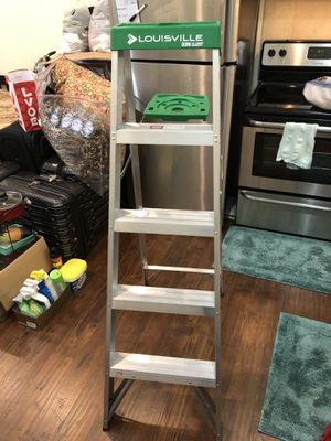 5 foot Louisville new ladder only used a few times for Sale in New York, NY