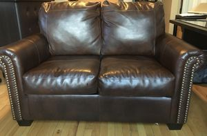 Leather Couch Sleeper Pullout for Sale in Chicago, IL