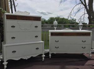 Charming Classic Antique Dresser Set for Sale in Hoffman Estates, IL