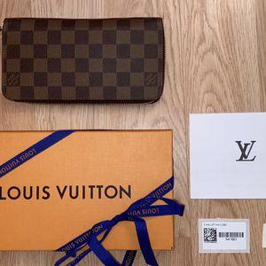 Louis Vuitton Zippy Wallet Damier Ebony for Sale in Phoenix, AZ