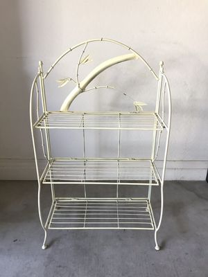 Small vintage wire shelf for Sale in Waddell, AZ