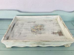 Distressed floral wooden serving tray for Sale in Longview, WA