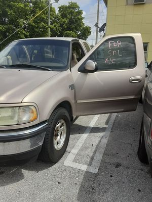 Se vende ford f150 for Sale in Pompano Beach, FL