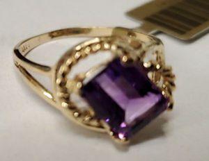 Genuine 1.16 Cts Amethyst Gemstone Ring 10k solid gold for Sale in Kenilworth, NJ