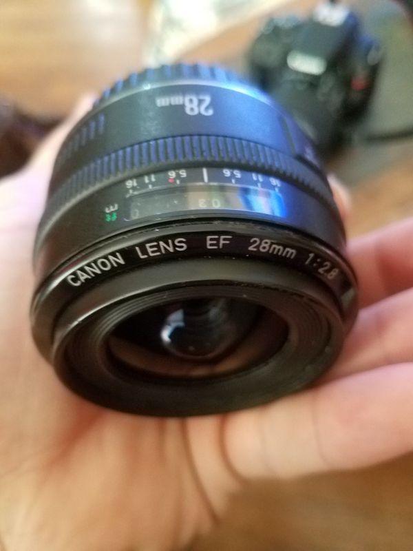 Canon SL1 DSLR w 4 lenses