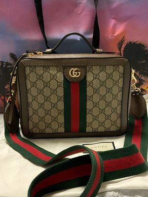 Authentic Brand New Gucci Ophedia GG Small Shoulder Bag for Sale in La Crescenta-Montrose, CA