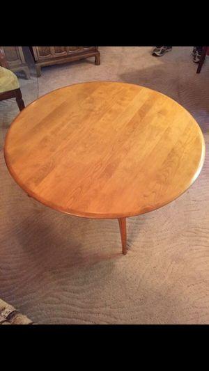 Round Vintage Mid Century Hamilton Coffee Table for Sale in Austin, TX
