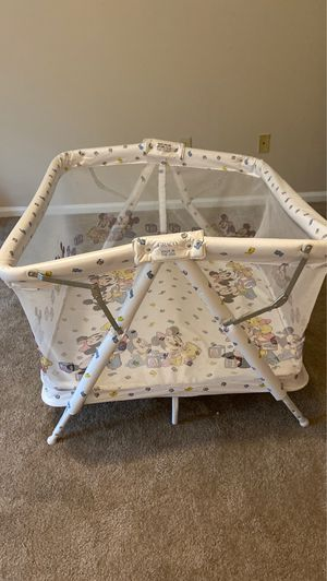 Free baby pack & play/ play yard for Sale in Dublin, OH