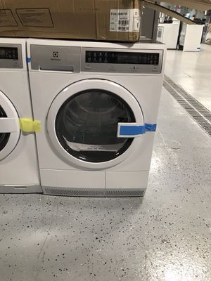 Electrolux washer for Sale in St. Louis, MO