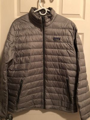 Patagonia Men Down Jacket for Sale in Fresno, CA
