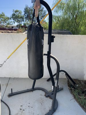 Punching bag and stand for Sale in Perris, CA