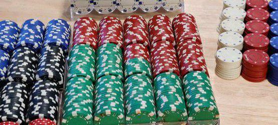 Over 1,000 Random Poker Chips for Sale in Centreville,  VA